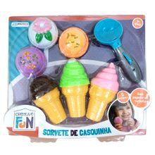 Creative Fun Sorvete de Casquinha com 6 Sabores + Pegador de Sorvete Peças com Velcros Indicado para +3 Anos Colorido Multikids - BR651