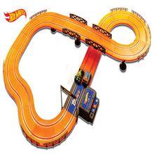 Pista Hot Wheels Track Set 380cm com 2 Carrinhos + 2 Controles Indicado para +5 Anos Multikids - BR082